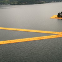 the-floating-piers christo lago-d-iseo come-arrivare-702x336