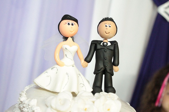 wedding-cake-toppers-115556 640